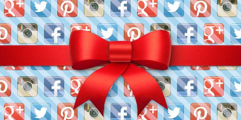 Especial de Navidad III: Redes Sociales