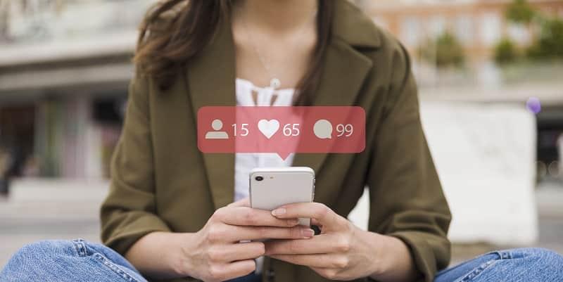 ¿Activar campañas en las redes sociales o recurrir a los bots?